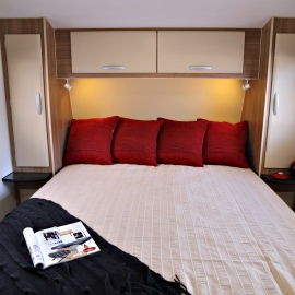 coromal-appeal-caravan-bedroom